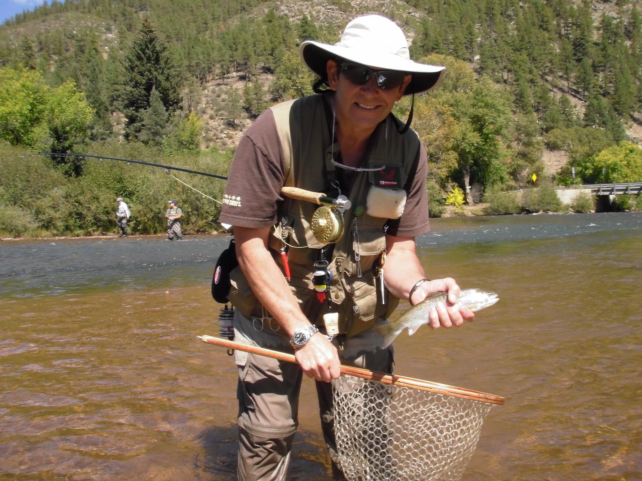 Fly fishing gear checklist minturn anglers for Fly fishing gear